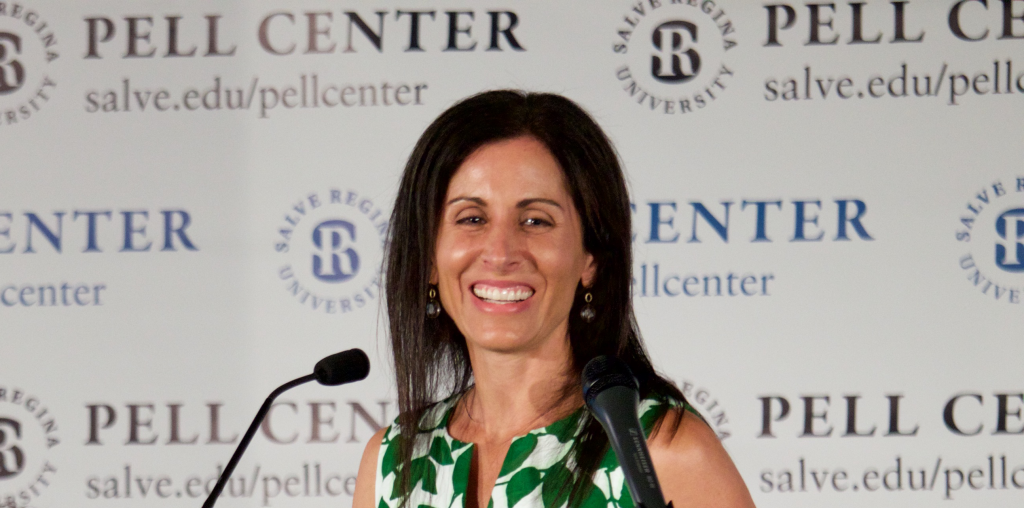 Lisa Genova receiving Pell Center Prize in 2015