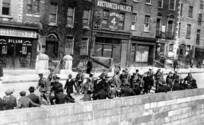 Osteraufstand_-_Dublin_-_gefangene_Iren