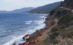 Image demonstrating damaging results of refugee crisis in Greece