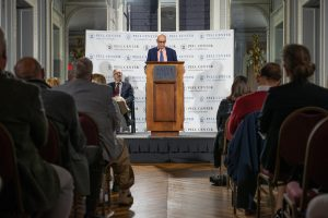 Dan Barry receives 2018 Pell Center Prize for Story in the Public Square